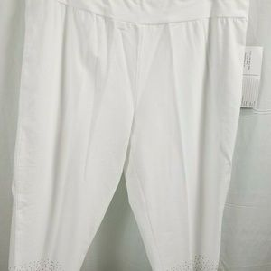 Onque Casual White 2X Capri Cotton Pull On Glitter